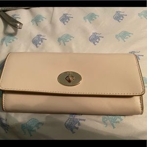 Brand New Coach Wallet - classic leather envelope